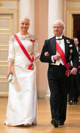 AOP Mette-Marit ja Kaarle Kustaa