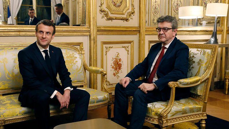 Melanchon Macron aop