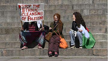 LK1605 Helsinki mielenosoitus palestiinalaiset (1)