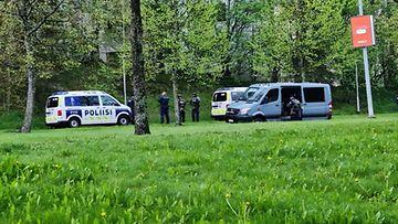 Poliisin operaatio Martinlaaksossa 17.5.2021.