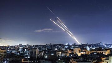 Gazasta ammutaan raketteja kohti Israelia.