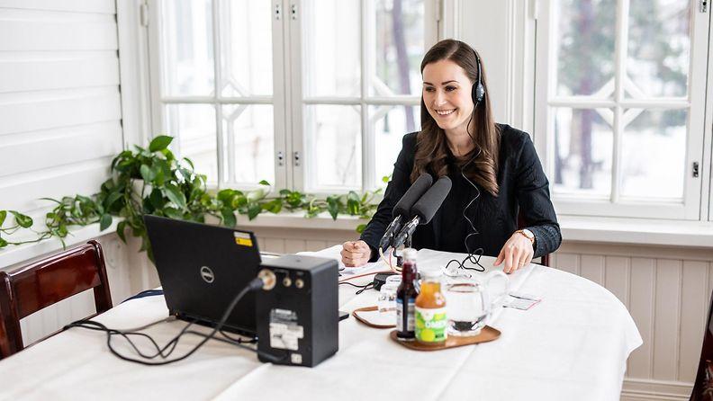 LK 25.5.2021 Pääministeri Sanna Marin Yleisradion pääministerin haastattelutunnilla Kesärannassa Helsingissä 21. helmikuuta 2021.