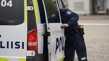 Poliisi19