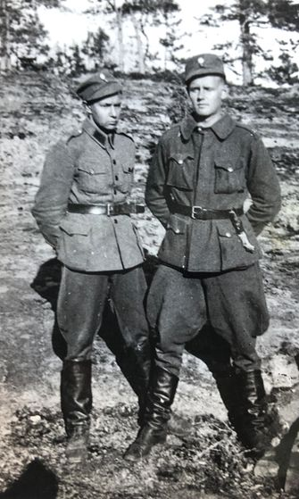 kaksi-sotilasta