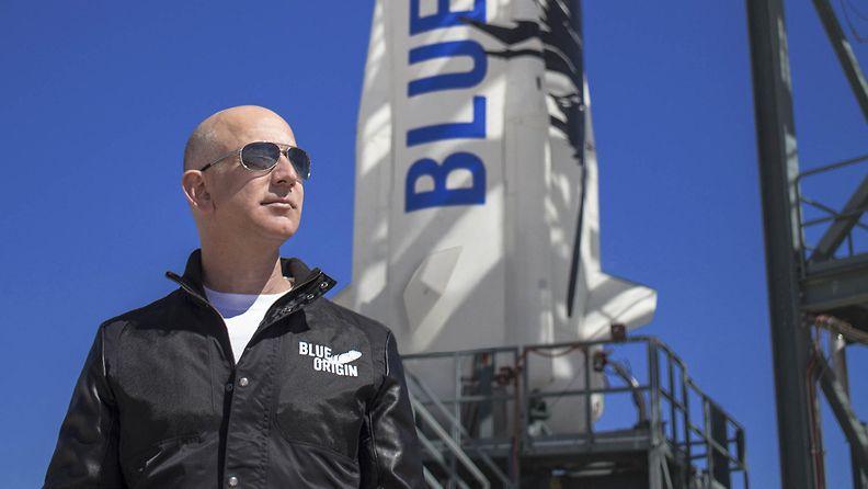 AOP Jeff Bezos Blue Origin avaruus raketti