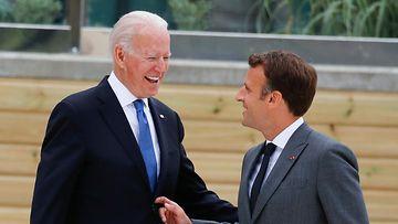 AOP Biden Macron
