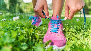 lenkkeily luonnossa kesällä