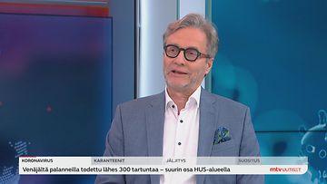 HUSin johtajaylilääkäri Markku Mäkijärvi MTV:n Kymmenen uutisten haastattelussa.
