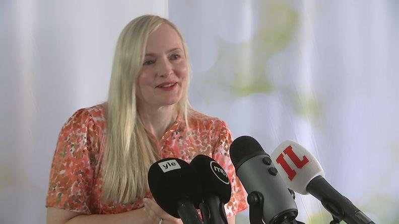 Maria Ohisalo tiedotustilaisuudessa 7.7.2021