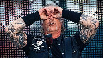 Metallica James Hetfield, AOP