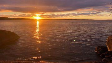 AOP järvi, ranta, vesi, auringonlasku