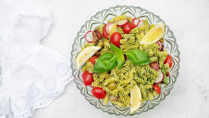 pesto-pastasalaatti-1-210706_D852683-large