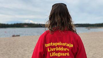 OMA: rantapelastaja, uimaranta, uimavalvonta, hukkuminen, uimavalvoja