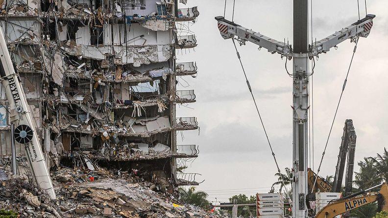 Floridan romahtanut kerrostalo LK 24.7.2021