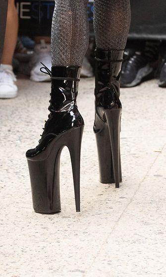 Lady Gaga kengät