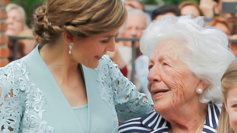 AOP kuningatar letizia ja isoäitinsä