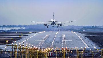 OMA: lentokone, lentokenttä, lentoliikenne