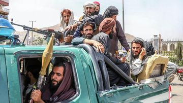 AOP Afganistan Taleban-taistelijoita