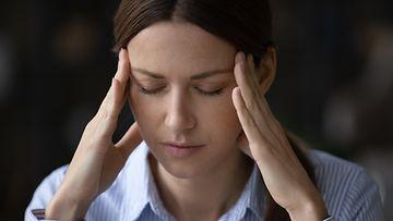 ajatella, päänsärky
