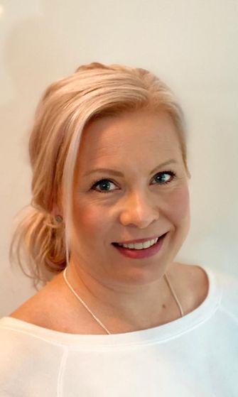 Yleishammaslääkäri Sanna-Liisa Untamala Oral Hammaslääkäreiltä.