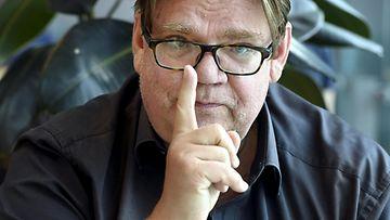 Entinen ulkoministeri ja perussuomalaisten puheenjohtaja, sinisten espoolainen kaupunginvaltuutettu Timo Soini Espoossa