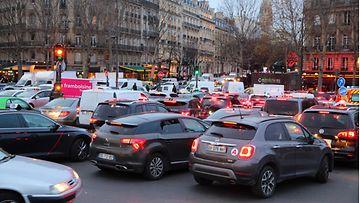 shutterstock pariisi ruuhka liikenne ranska