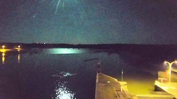 Reuters: Meteori valaisi taivaan Ranskassa