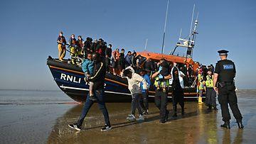 LK 9.9.2021 Englannin kanaali, Britannia. siirtolaisuus, pakolaiset