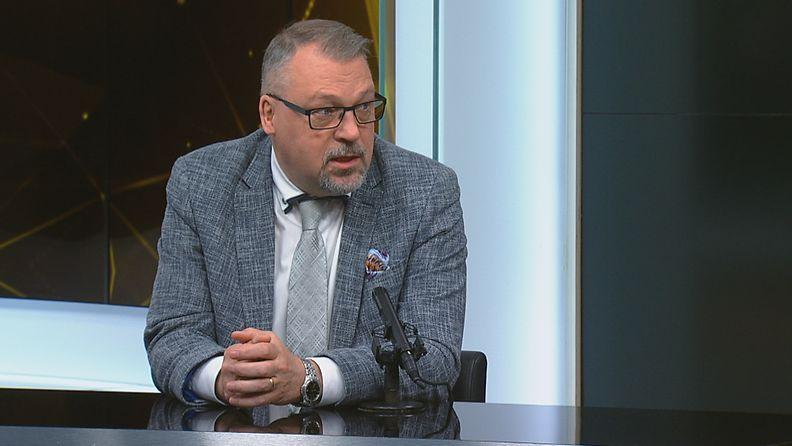 Kansanedustaja Jari Kinnunen (kok.).
