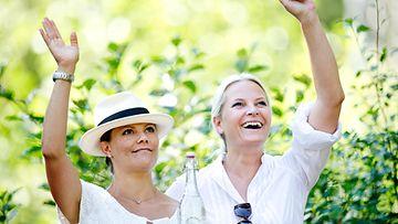 AOP Kruununprinsessa Victoria ja Mette-Marit 2015