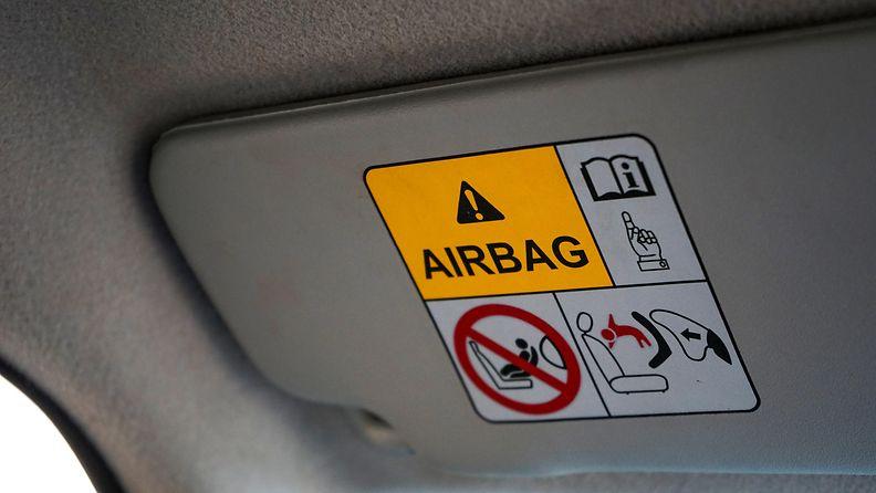 shutterstock turvatyyny airbag takata