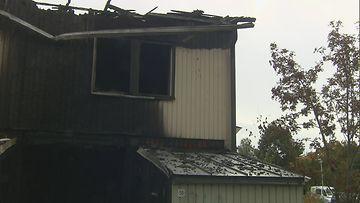 Tulipalossa tuhoutunut asunto
