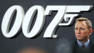 AOP_James Bond