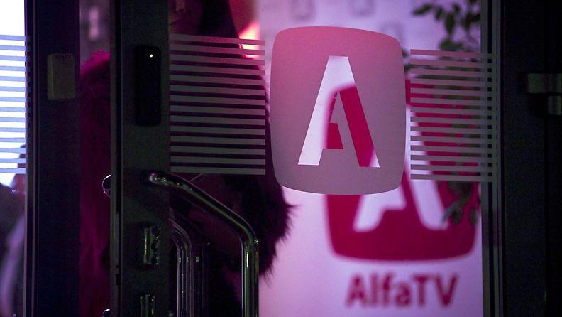 AlfaTV:n logo yrityksen tiloissa Keravalla 18. syyskuuta 2021.