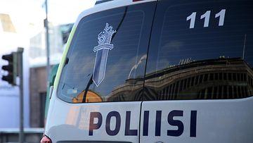 Poliisiauto Helsingissä.