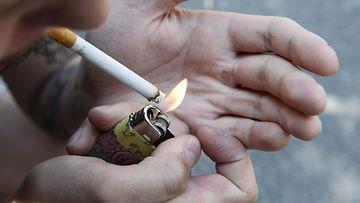 LK tupakka, tupakointi