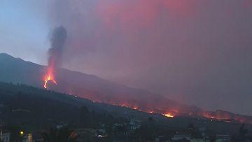 Reuters: La Palman tulivuorenpuskaus, aamulla 1010.2021