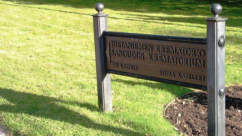 1024px-Hietaniemen_krematorio