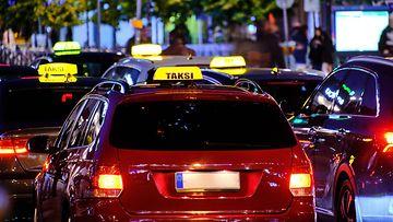 aop taksi taksit takseja