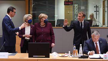 EU merkel afp macron orban puola