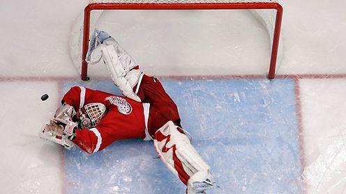 NHL:n yksi legendaarisimmista maalivahdeista saa paidan kattoon