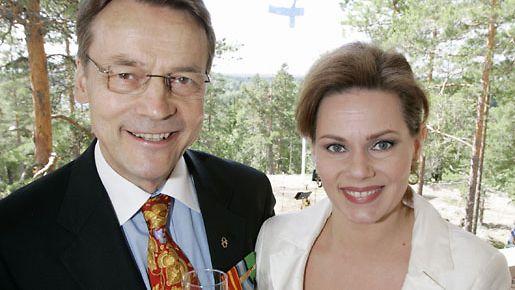 Nina Mikkonen: Välillä Timo yllättää minut täysin - Studio55.fi