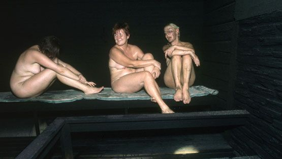 suomalainen nainen alasti ilmaiset se