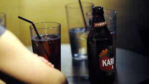 Alkoholismi. (Kuva: Sari Gustafsson/Lehtikuva)