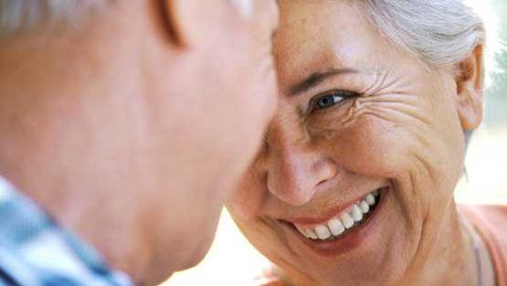Luopuminen liittyy vanhenemiseen monin tavoin, mutta samalla ikäihmisellä on mahdollisuus muuttaa elämänsä suuntaa.