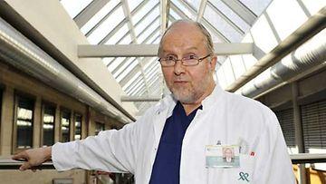 Huippu-urheilijat ympäri maailmaa luottavat suomalaiskirurgi Sakari Oravaan.
