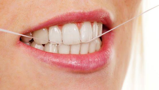 Hyvä hammashygiena voi ehkäistä nivelreumaa.