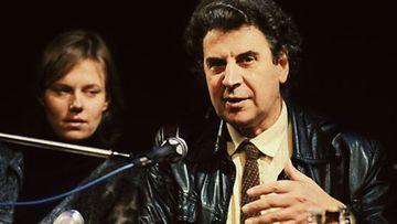Arja Saijonmaa ja Mikis Theodorakis jakoivat aatteen palon 1970-luvun kiihkeinä poliittisen kuohunnan vuosina.