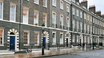 Brittiläisestä vuokra-asunnosta kehkeytyi painajainen. Kuvan talo ei liity juttuun.