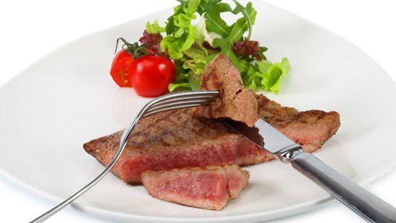 Kiinalaisen lääketieteen mukaan liiallinen lihan syönti voi aiheuttaa jopa painajaisia.